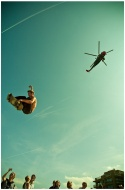 Streetboarder vs Helicopter